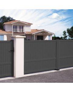 Le portail en aluminium Villa allie robustesse, longévité et esthétique.  Installé par monsieur store Plan de campagne