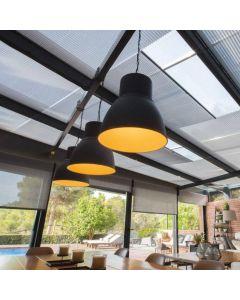 le store de toiture plissé agréable et discret, installé par monsieur store la Ciotat
